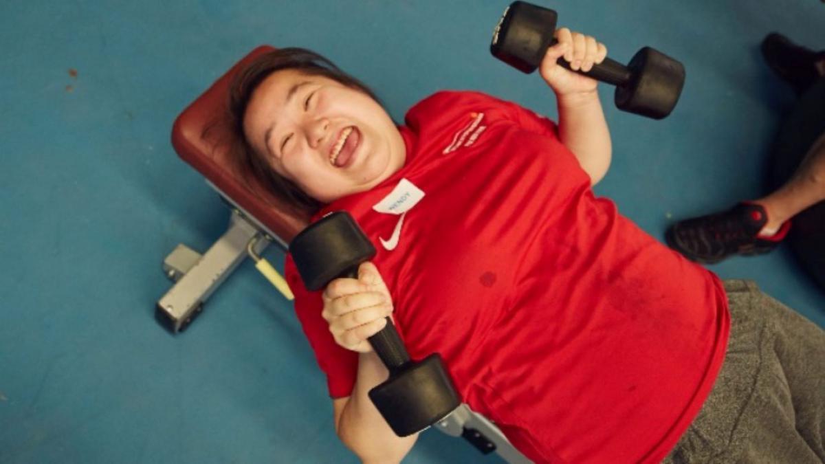 DSC Volunteer Wendy works out